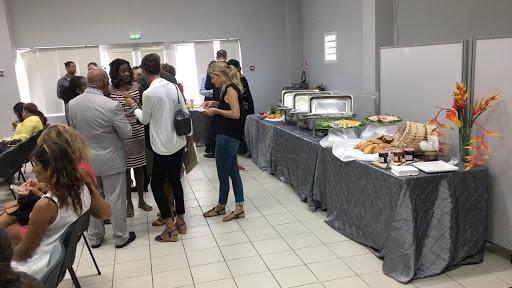 L'accueil des participants à la réunion de rentrée du recteur