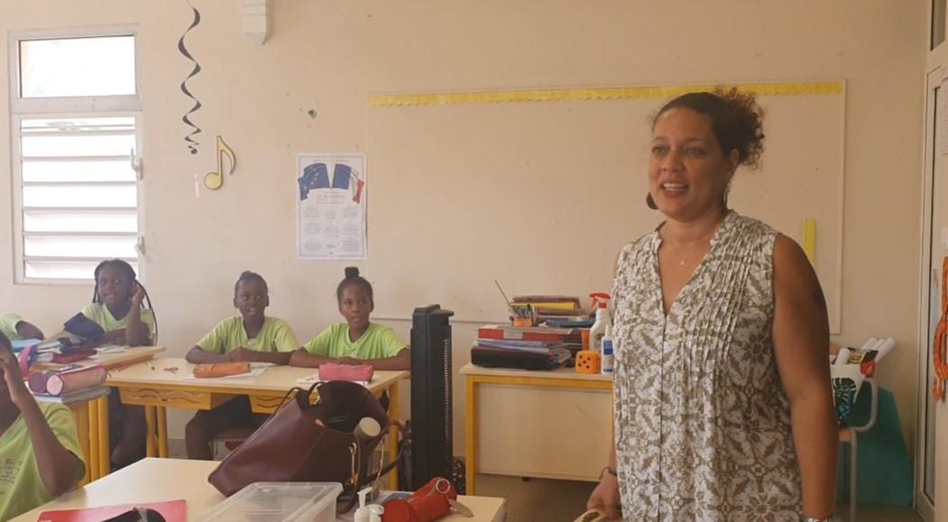 Florence ERELIE, professeure des écoles