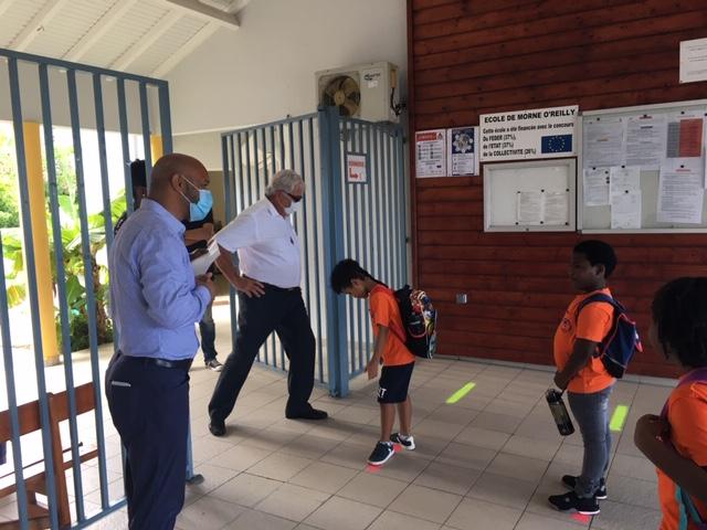 Rentrée des élèves à l'école Marie-Antoinette Richards avec le président le COM de Saint-Martin