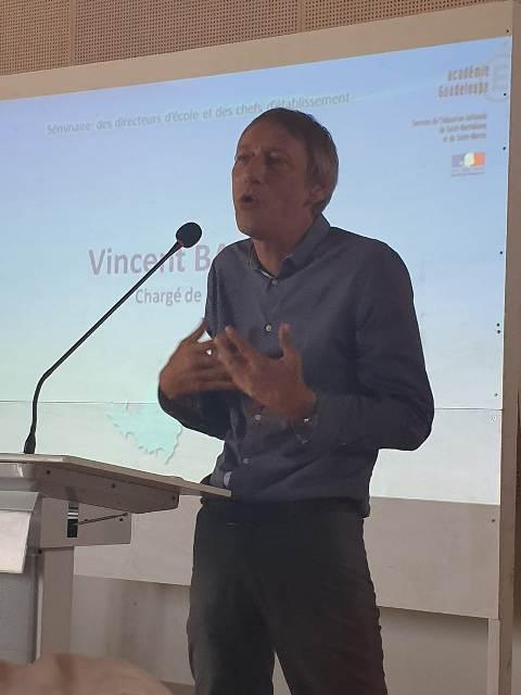 Vincent BARAUD présente les résultats des élèves aux évaluations et aux examens