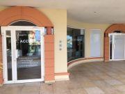 Les bureaux du service de l'éducation nationale dans le mall West Indies à Marigot