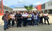 Photo de groupe avec les élèves des deux classes  de 1er  ES de la cité Scolaire Robert Weinum
