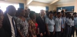 Le président de l'Assemblée nationale visite le collège Mont-des-Accords