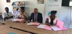 Signature de la convention concernant la CHAM du collège Soualiga