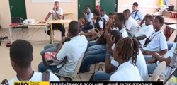 Misié Sadik échange avec les élèves